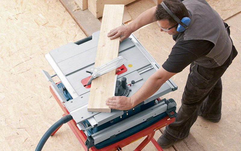 Bosch Professional 0601B30400 Scie sur table GTS 10 XC