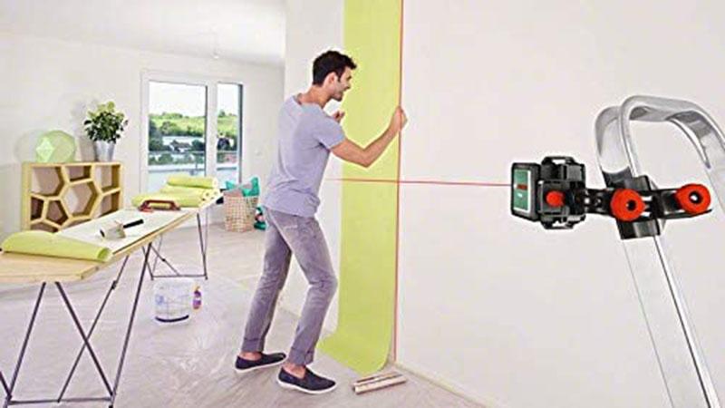 avis - Bosch Laser ligne en croix Quigo 3 portée 10 mètres avec pince de fixation MM2